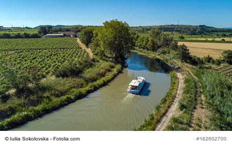 Hausboot mieten, Ferien auf dem Wasser